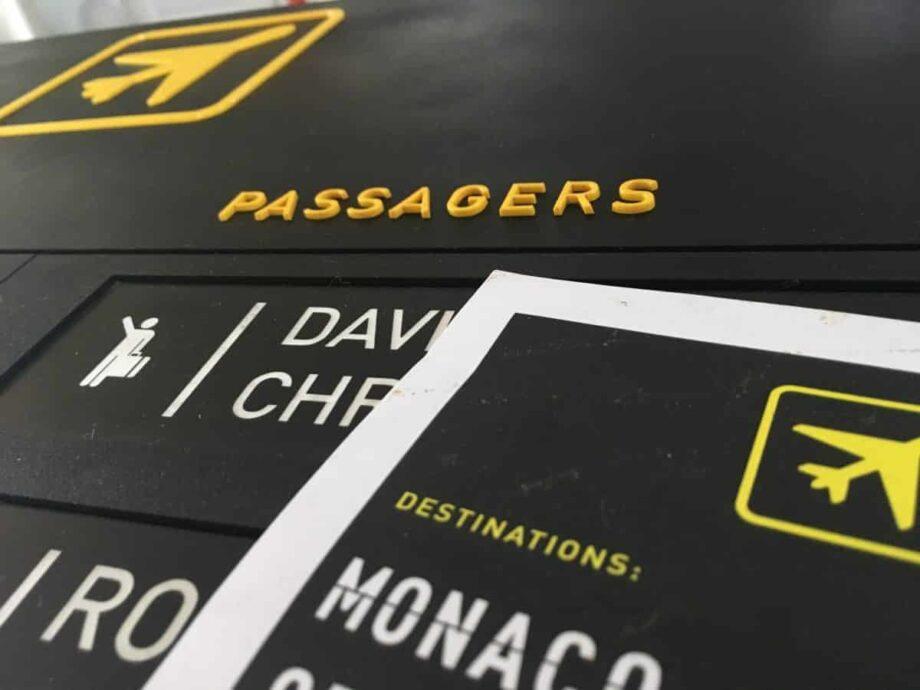 Plan de table Aéroport pour mariage thème voyage