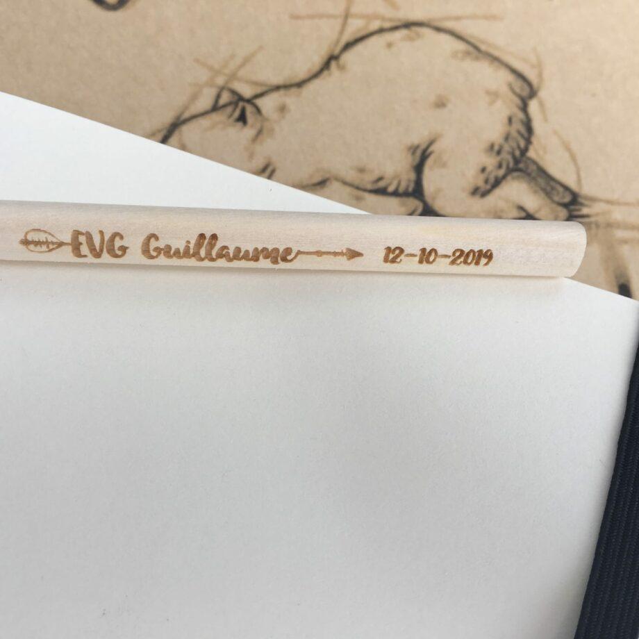 Crayon personnalisé EVG