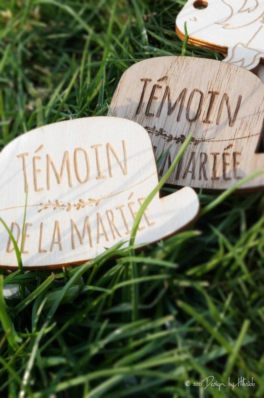 badge témoin des mariés en bois